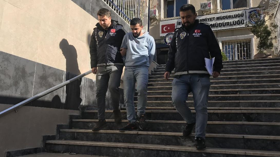 Beyoğlu'nda Filistinli Suriyeliyi bıçakladı