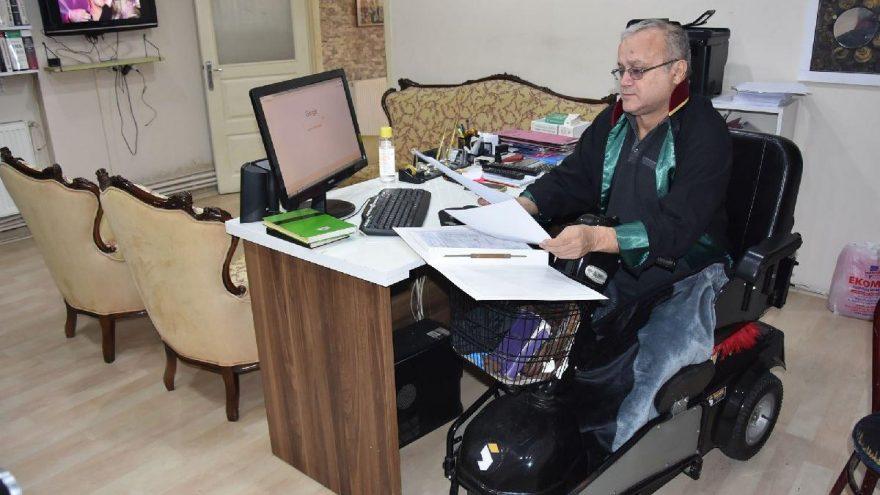 Semih Özsaraç 25 yıldır işinin başında