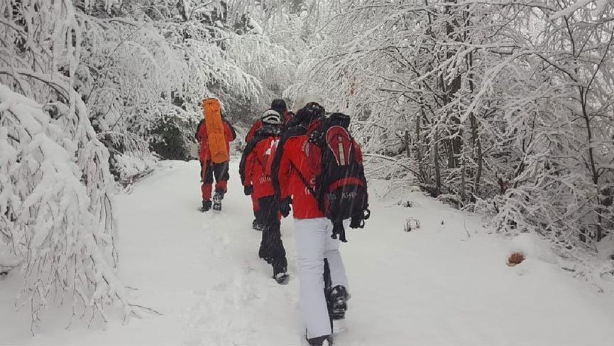 Son dakika... Kaybolan 2 dağcıyı arayan AKUT ekibi de kayboldu, 1 kişi ölümden döndü