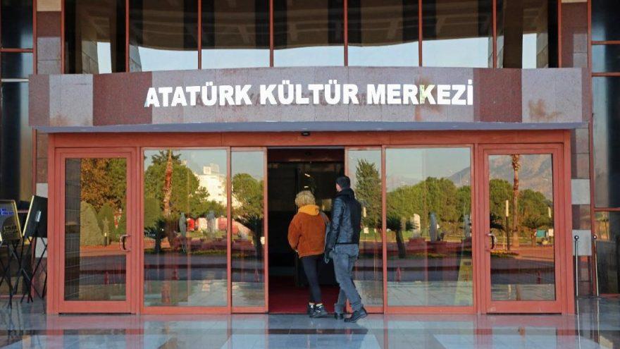 """Antalya Kültür Merkezi'nin adı """"Atatürk Kültür Merkezi"""" oldu"""