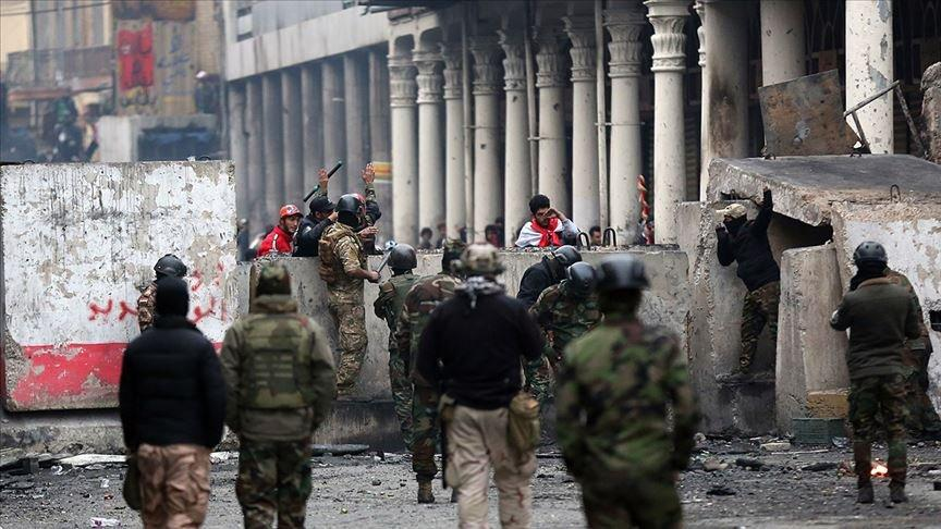 Irak'taki gösterilerde en az 460 kişi yaşamını yitirdi