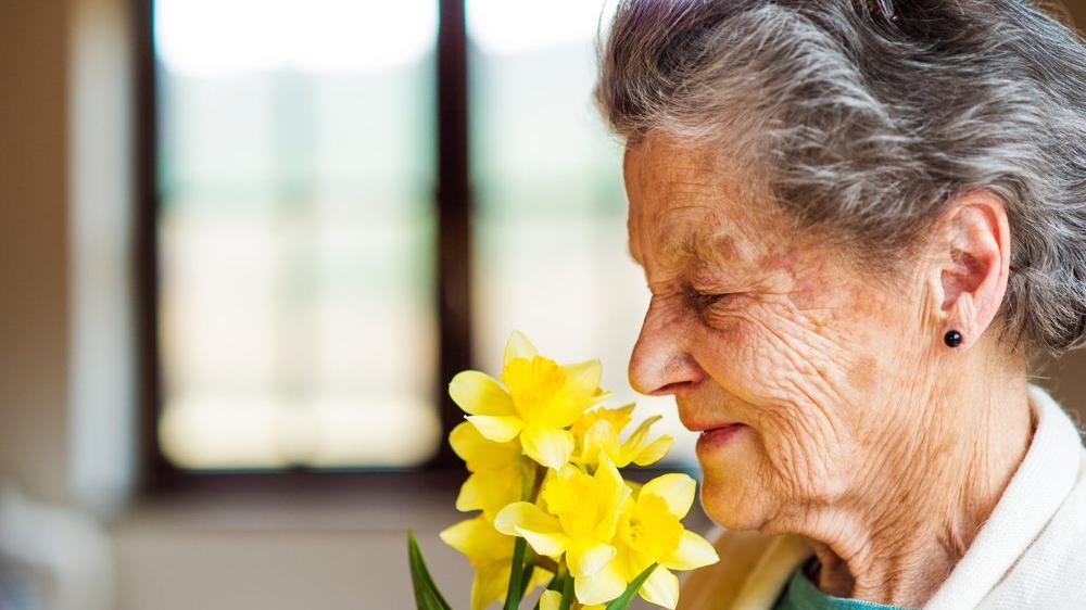 Koku alma bozuklukları Alzheimer'ın habercisi olabilir