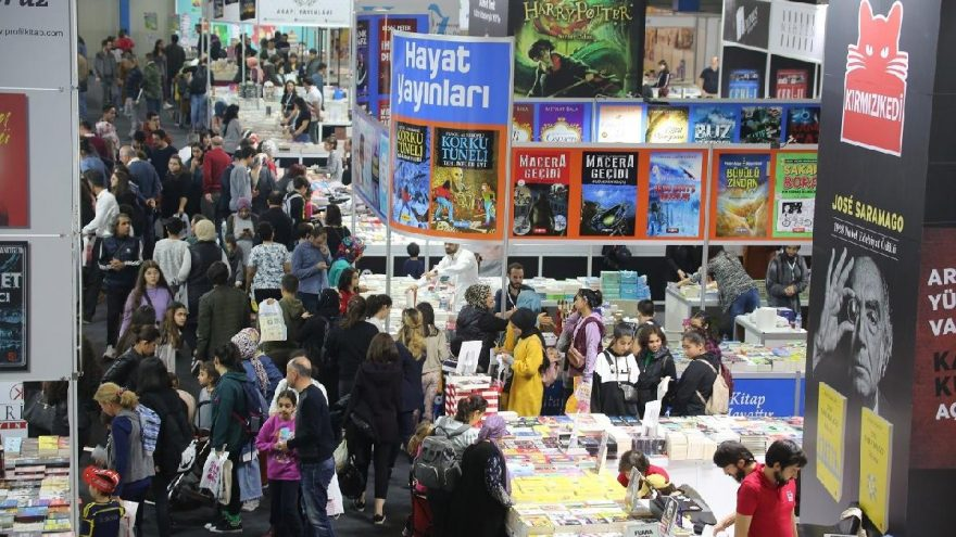 CNR Mersin Kitap Fuarı'nı 150 bin kişi ziyaret etti