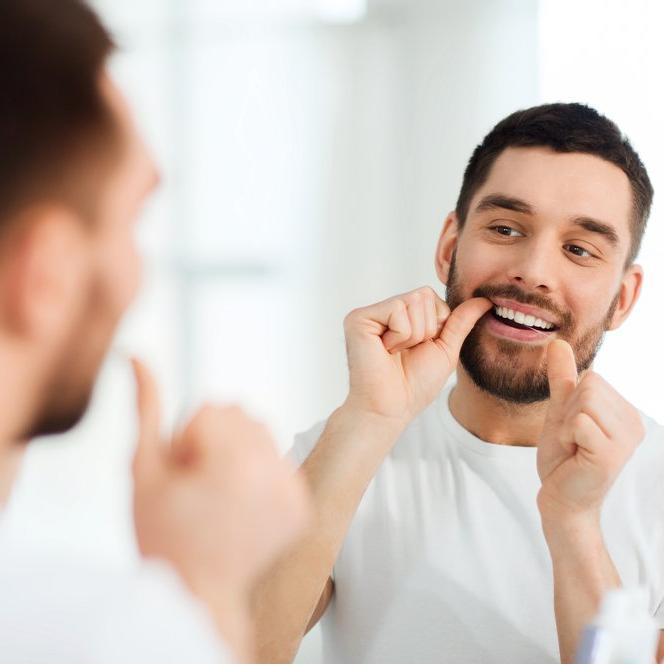 İşte diş ipi kullanma teknikleri