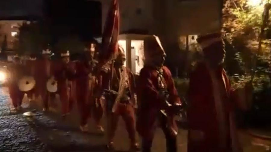 Merve Özbey'in nişan videosundaki 'Mehter Takımı' detayı