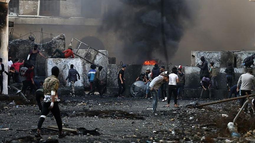İsrailli bakan: İran'ı bombalamak seçenekler arasında