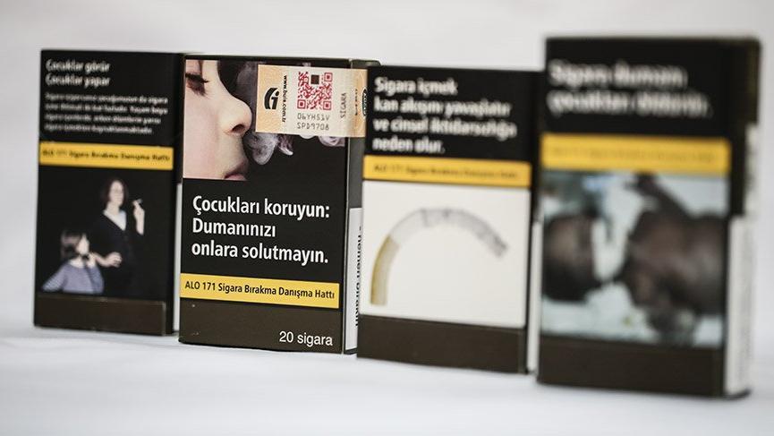 Uzmanlar 'sigarada düz paket' uygulamasını değerlendirdi: İşe yarayacak mı?