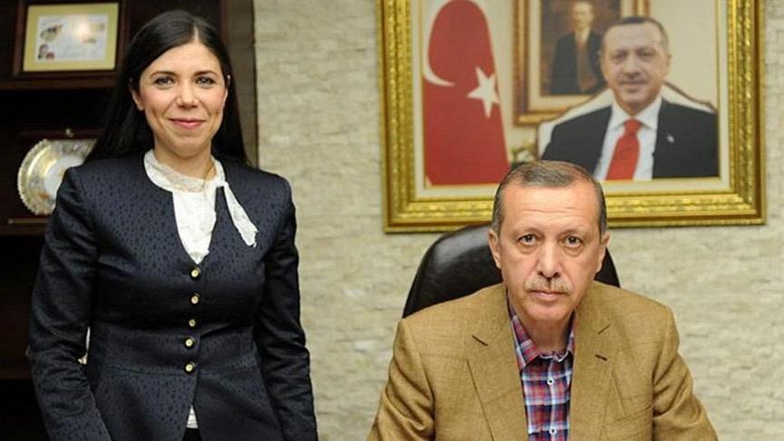 Eski Kayseri Milletvekili Pelin Gündeş Bakır, AKP'den ihraç edildi!