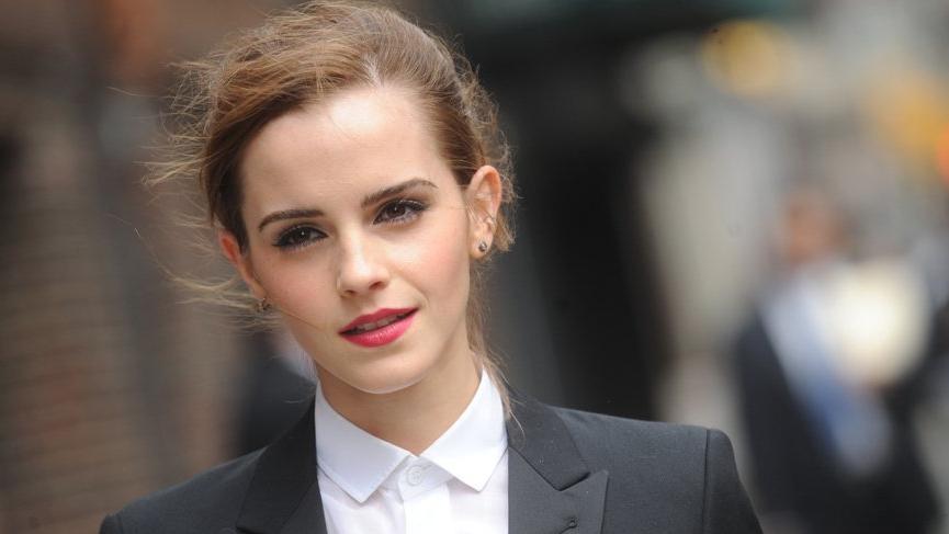 Emma Watson Little Women film galasındaki stiliyle alay konusu oldu