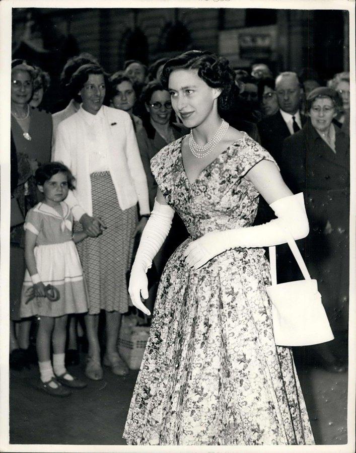 Prenses Margaret, Çiçekli Elbise