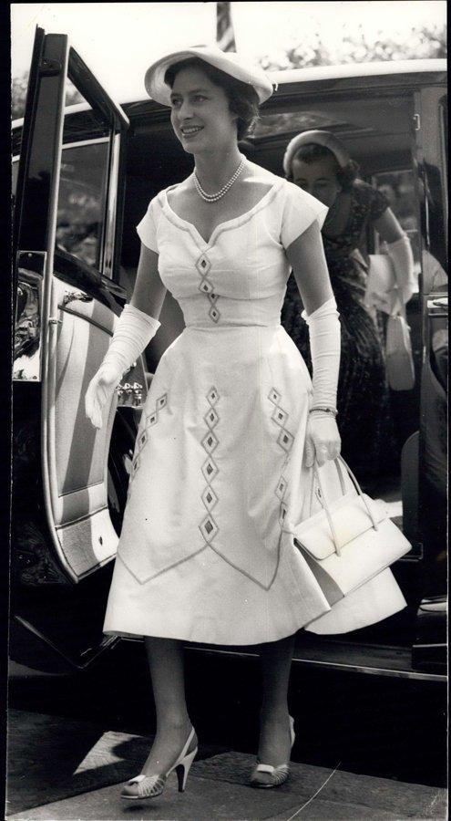Prenses Margaret, Araba