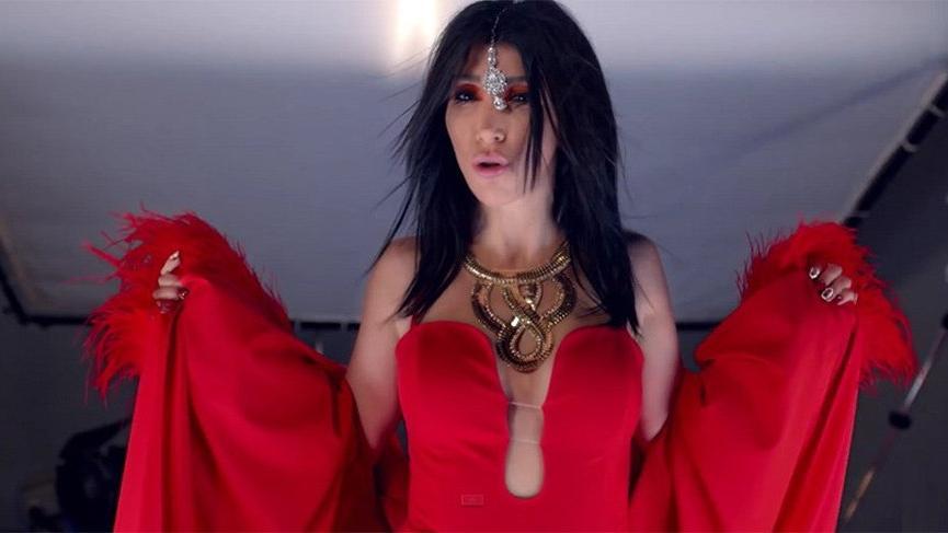 Hande Yener: İğrenç müzik yapılıyor, ben düzelteceğim!