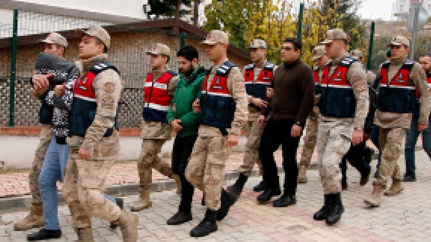 FETÖ şüphelilerini Yunanistan'a kaçıran 6 kişi yakalandı