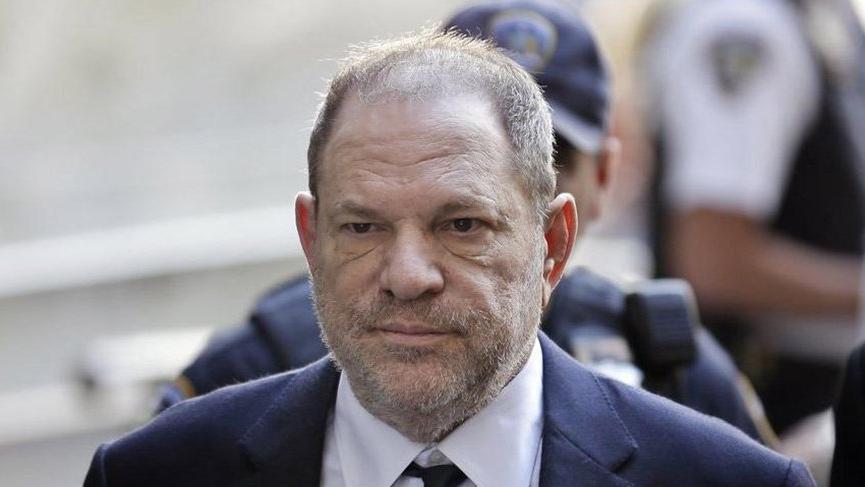 Cinsel tacizle suçlanan Hollywood yapımcısı, davacılarıyla anlaştı