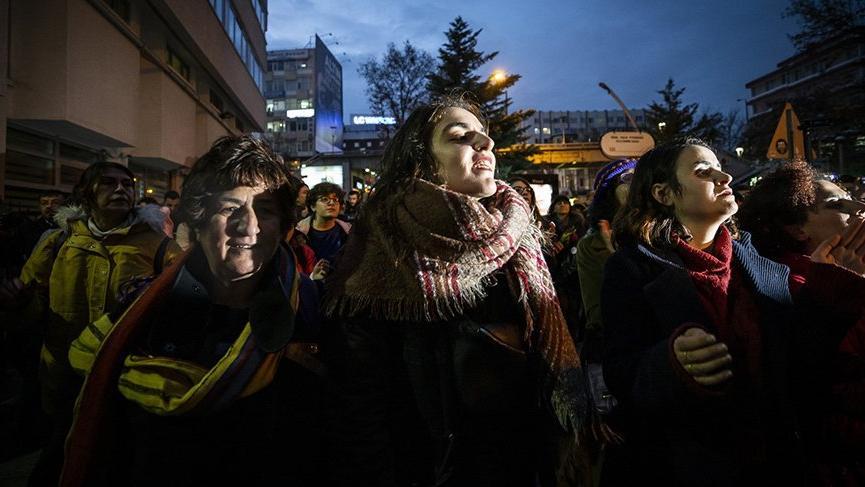 Ankara'daki danslı gösteriye katılanlara polis müdahalesi!