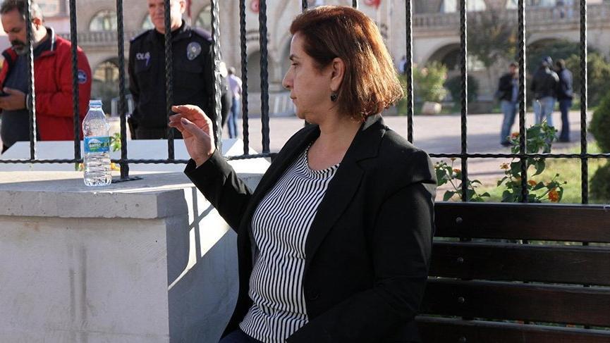Kızıltepe'de görevden alınan HDP'li belediye başkanı ve yardımcısına gözaltı