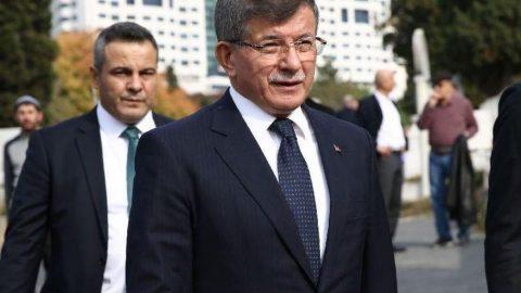 Davutoğlu'nun kurduğu partinin A takımındaki isimler dikkat çekti!