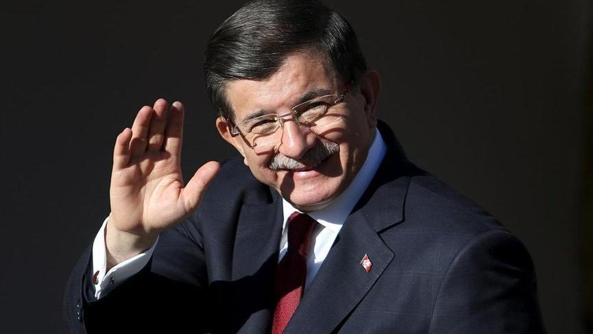 'Hoca' dönüyor: Ahmet Davutoğlu nam-ı diğer 'stratejik derinlik'