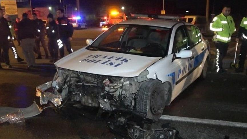 Trafik kazasında 2'si polis 3 kişi yaralandı!