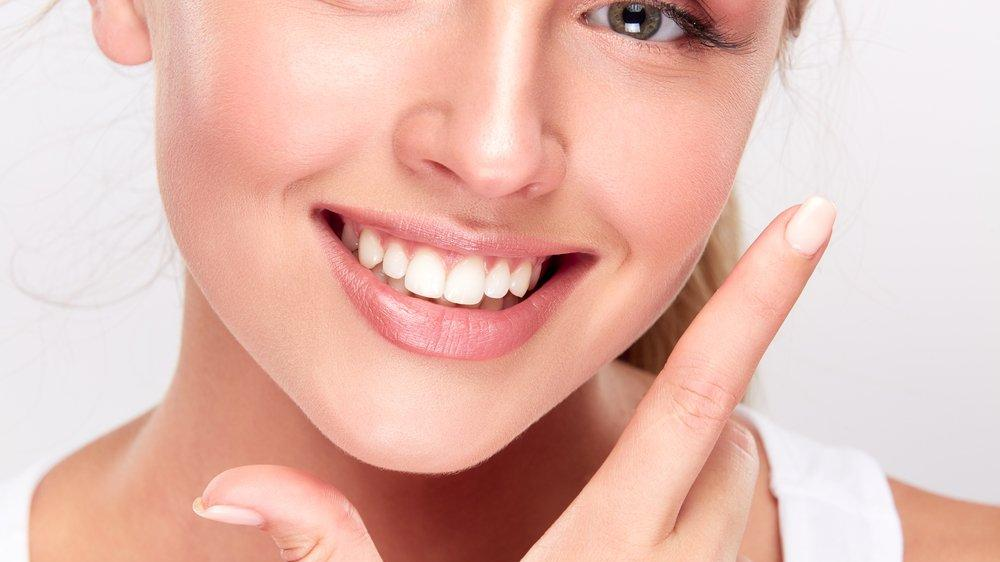 Diş saydamlaşması tedavisi nasıl yapılır? Diş minesi güçlendirme yöntemleri...