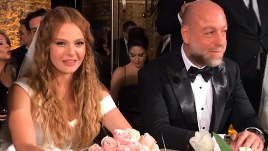 Naz Elmas, dün akşam Erol Özmandıracı ile evlendi