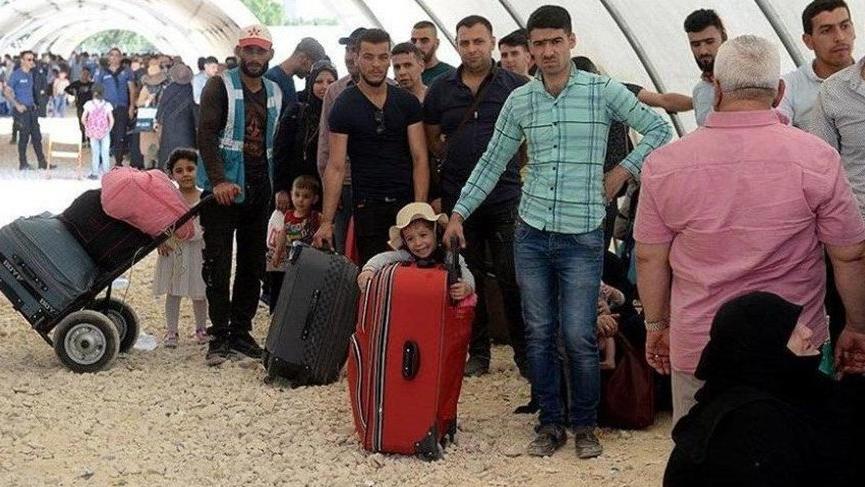 Çavuşoğlu: Şu ana kadar 371 bin Suriyeli geri döndü