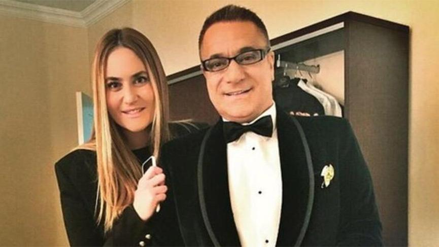Mehmet Ali Erbil'in kızı Sezin Erbil anne oldu