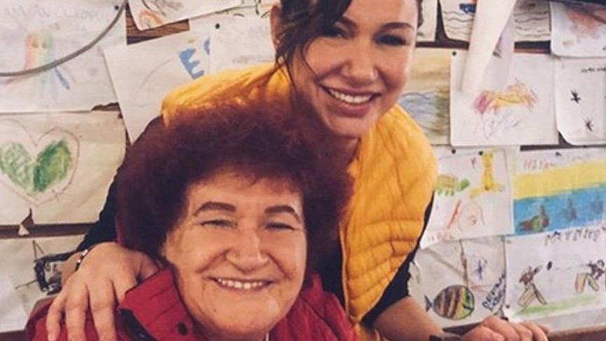 Deniz Seki, Selda Bağcan'ın doğum günü yemeğine katıldı