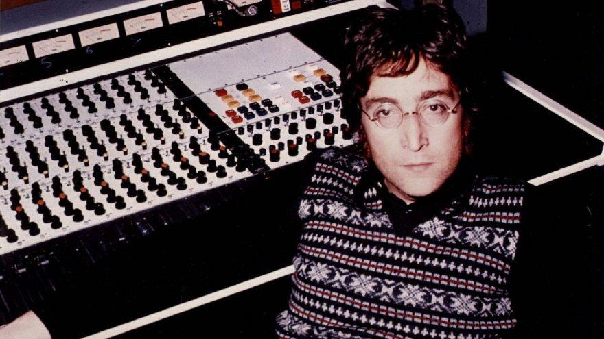 John Lennon'ın gözlükleri 1 milyon TL'ye satıldı