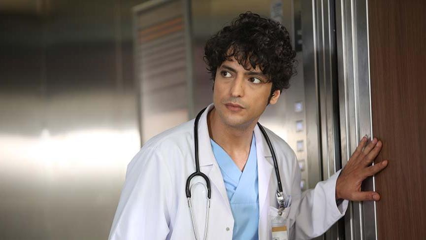 Mucize Doktor dizisinin Ali Vefa'sı Taner Ölmez ile bir araya geldik