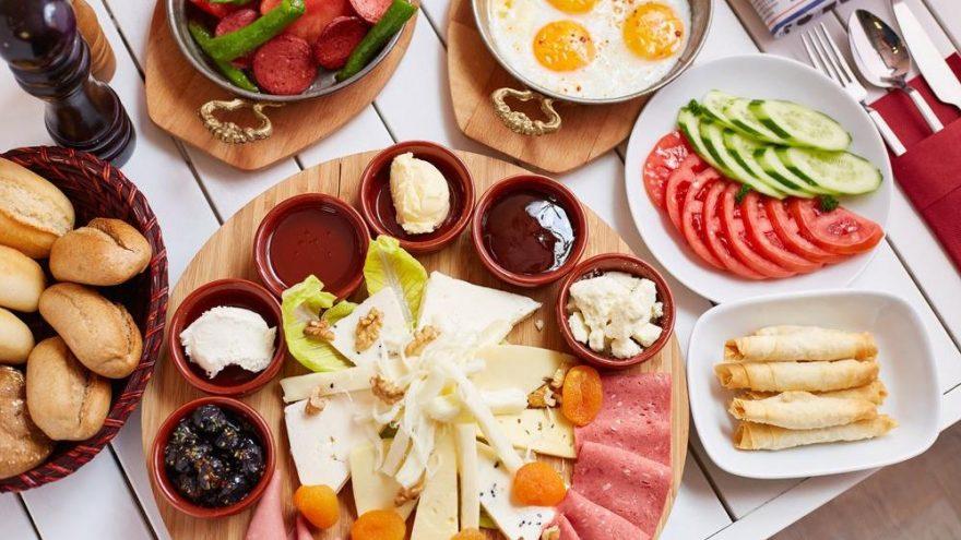 Kahvaltılık tarifler… Misafir için kahvaltı tarifleri