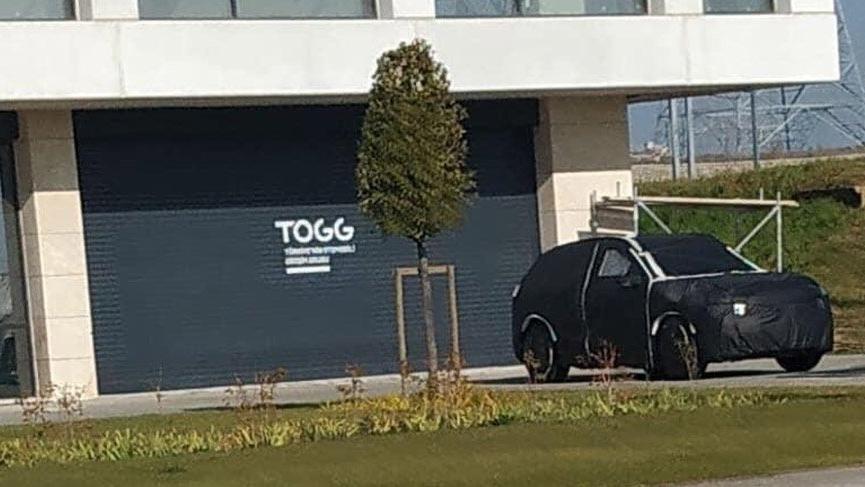 Yerli otomobil TOGG binası önünde görüntülendi!