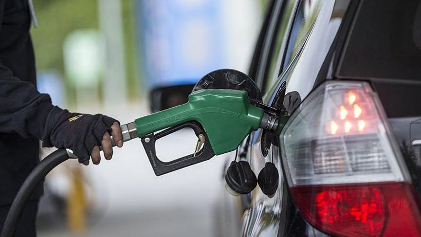 Benzin ve motorin fiyatlarına zam geldi