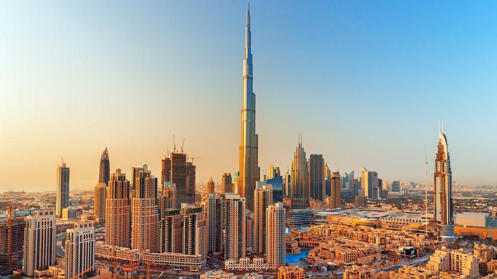 Dünyanın en yüksek binasının en yüksek noktası satılıyor!