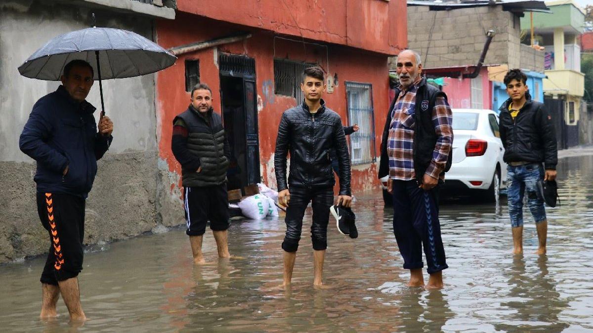 Adana'da okullar tatil mi? Valilik açıkladı!