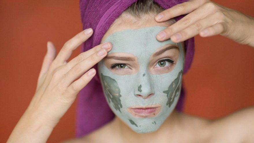 Alın kırışıklıkları için maske tarifleri…