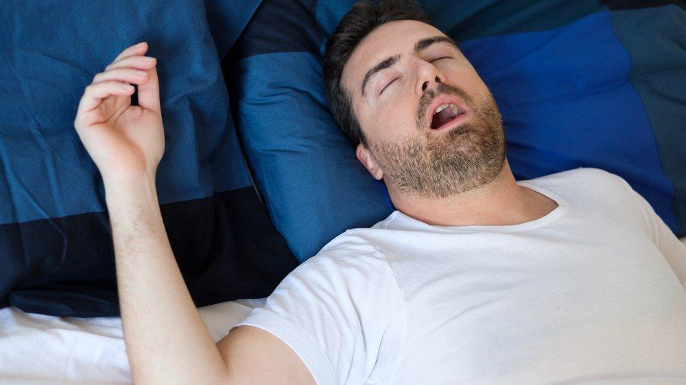 Uyku apne sendromu ciddi sorunlara neden olabilir