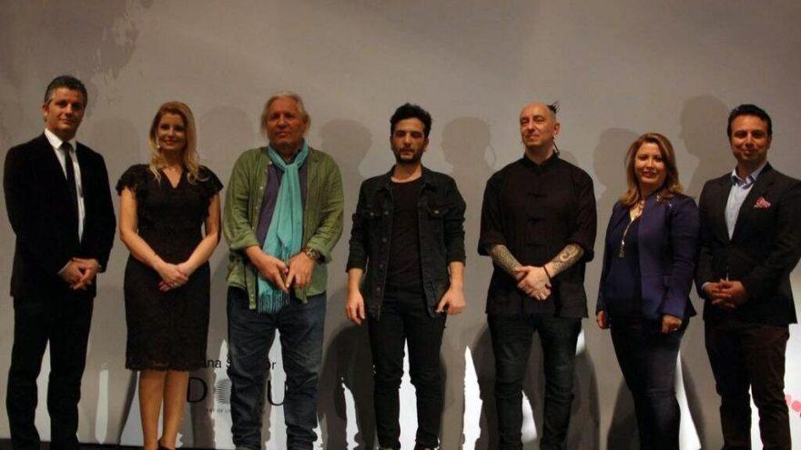 İstanbul Art Show'da ustalar ödüllendirildi