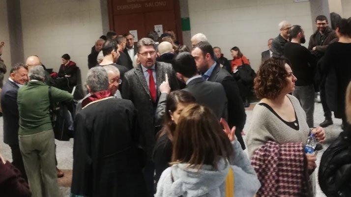 Hukukçulardan da Sözcü kararına tepki yağdı