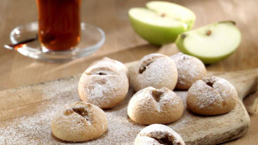 Elmalı kurabiye nasıl yapılır? Ağızda dağılan elmalı kurabiye…
