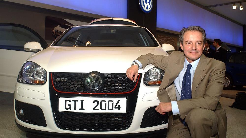 Yerli otomobilin tasarımcısı Murat Günak kimdir?
