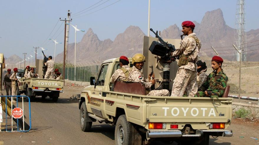 Son dakika… Yemen'de askeri geçit törenine saldırı