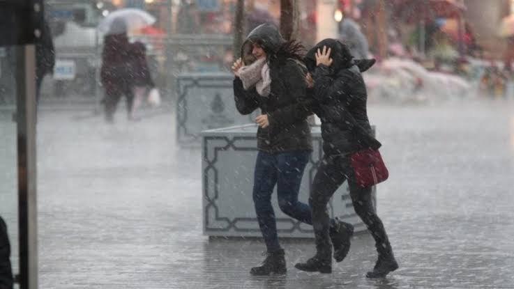 İstanbul'a fırtına uyarısı! Donma riski var...