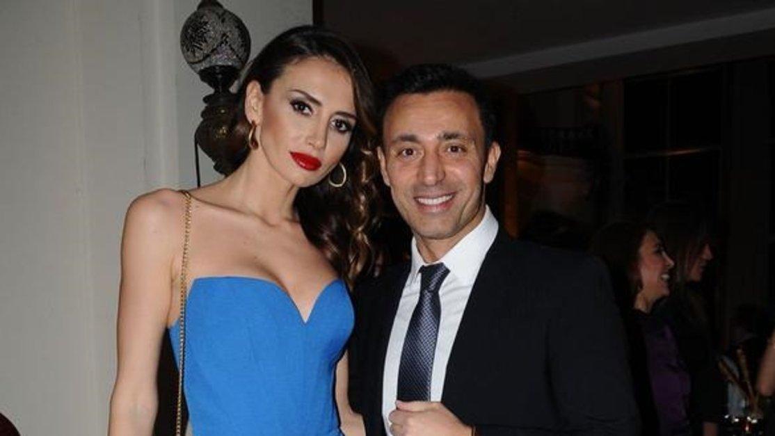 Mustafa Sandal, Emina Jahovic ve oğulları yeni yılı birlikte geçirdi -  Magazin haberleri