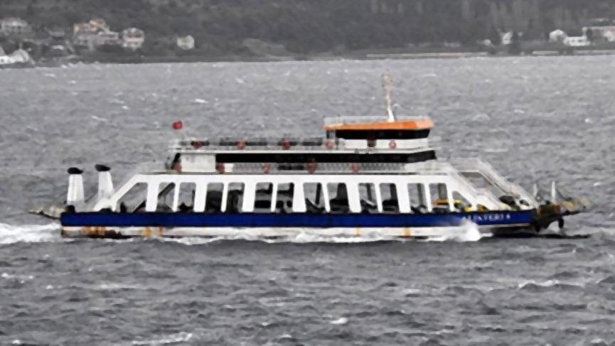 Ege Denizi'ndeki fırtına nedeniyle bazı vapur seferleri yapılamayacak