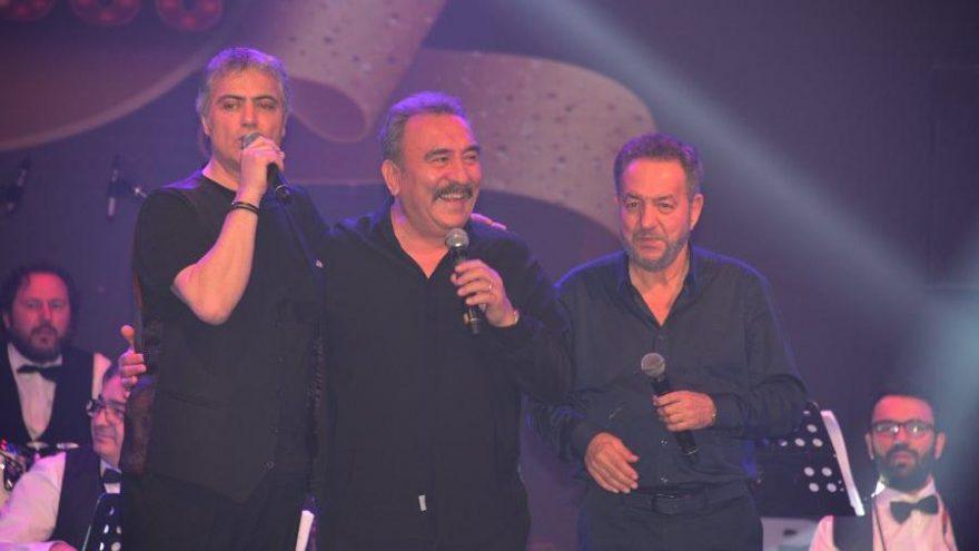 Cengiz Kurtoğlu, Arif Susam ve Ümit Besen aynı sahnede
