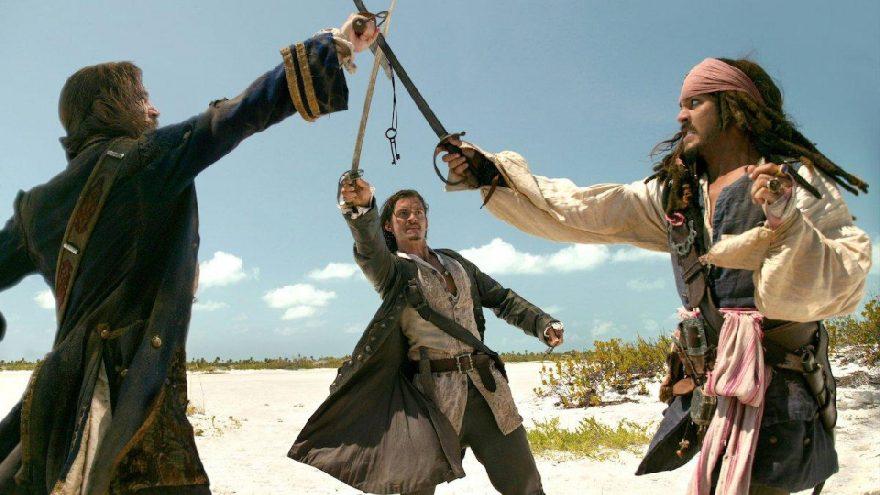 Karayip Korsanları 2 Ölü Adamın Sandığı filmi konusu ne, oyuncuları kimler?