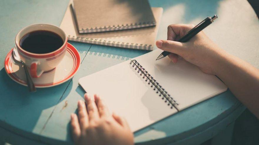 Yazar kasa nasıl yazılır? TDK'ya göre 'yazarkasa' bitişik mi, ayrı mı yazılır?