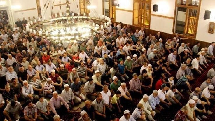 Diyanet'in cuma namazı vakitleri… Cuma namazı saat kaçta? İstanbul, Ankara, İzmir cuma namazı saati…