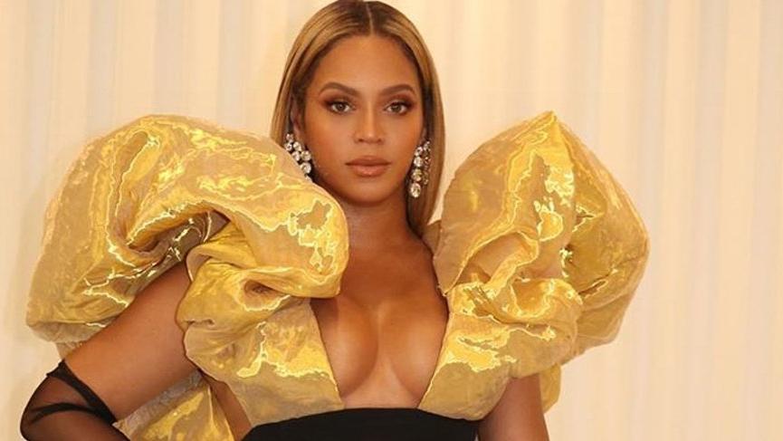 Beyonce 77. Golden Globe – Altın Küre'de şampanyayı beğenmedi, yeni şampanya aldırdı